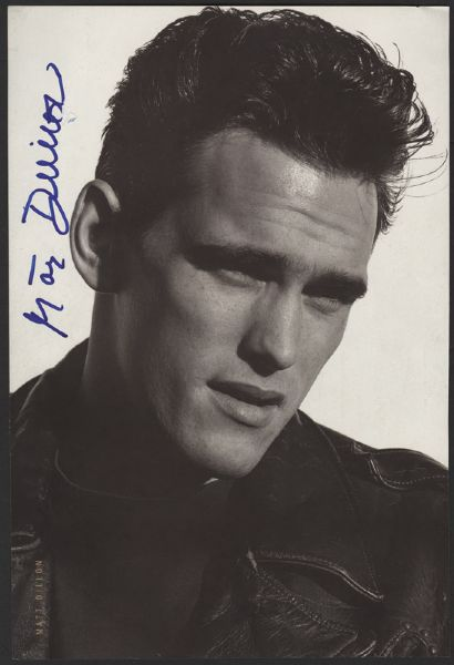 Matt Dillon Signed Magazine Picture