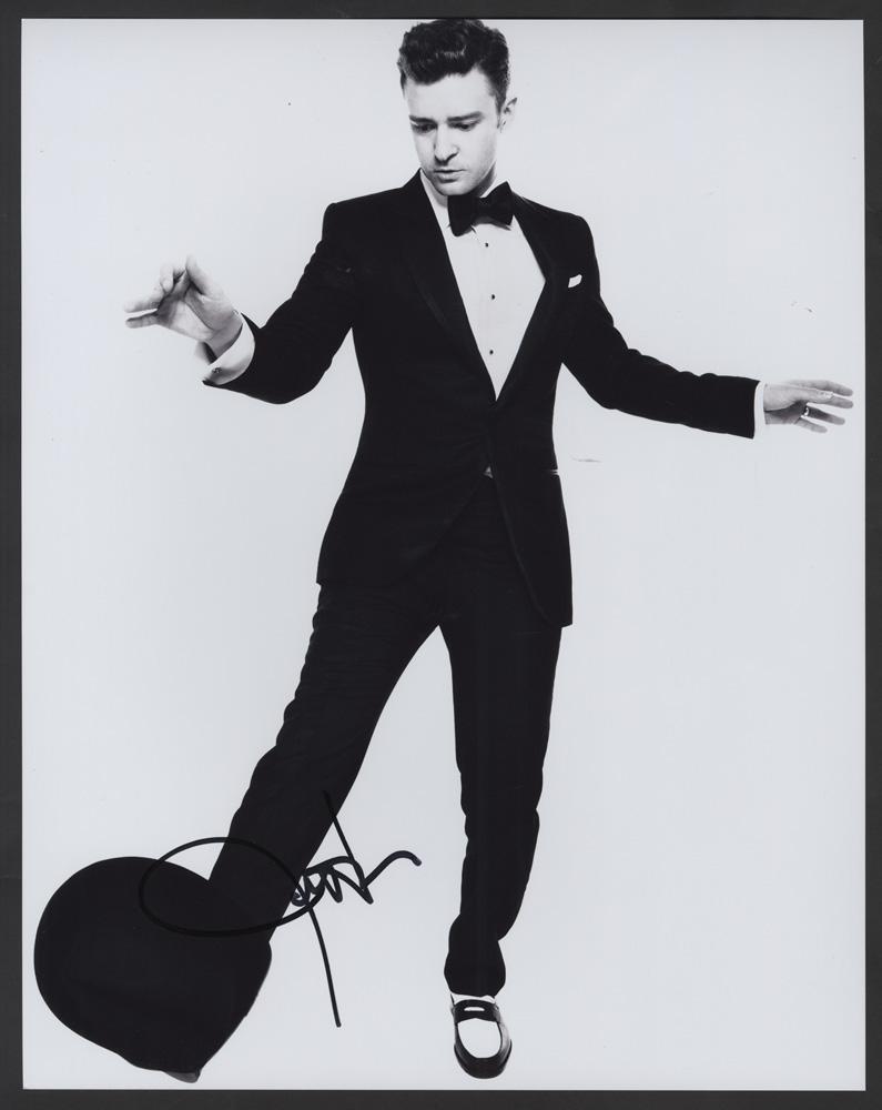 Lot Detail - Justin Timberlake Signed 11 x 14 Photograph