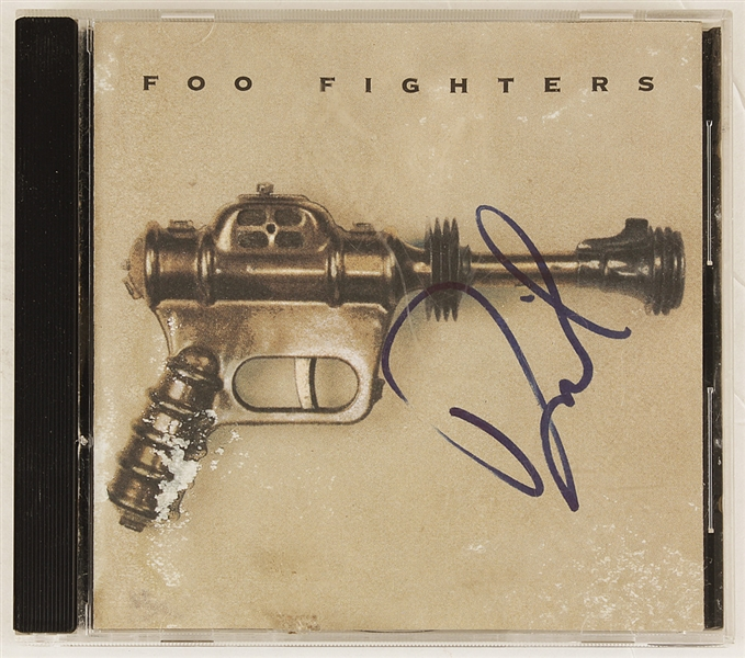 Foo Fighters Dave Grohl Signed C.D.
