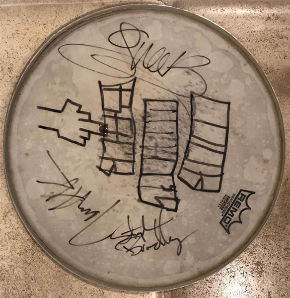 Gwen Stefani No Doubt Band Signed Drum Head With Artwork