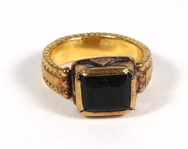 Madonna Owned and Gifted 24kt Gold and Tourmaline Ring, Circa 1995