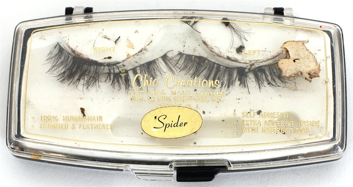 Liza Minnellis Personally Owned and Worn False Eyelashes