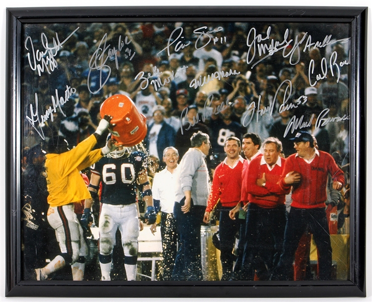 New York Giants Signed 1986 Super Bowl (XXI) Victory Celebration Photograph