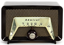 """Adventures of Superman"" Extremely Rare 1950s TV Series Screen Used Vintage Admiral Radio Owned by Jack Larson (Jimmy Olsen)"